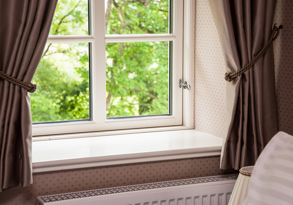 Professional-Curtain-Cleaning-Dublin